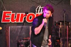 """Smiley cântă piesa """"Acasă"""" la Europa FM Live pe Plajă 2015 – VIDEO"""