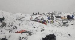 22 de decese confirmate pe Everest