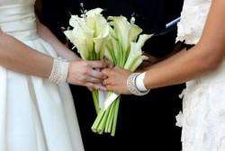Irlandezii se pronunţă, prin referendum, asupra legalizării mariajelor gay