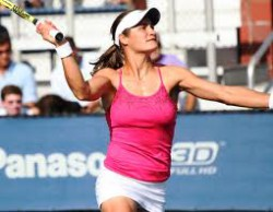 Monica Niculescu, în sferturile turneului de dublu de la New Haven