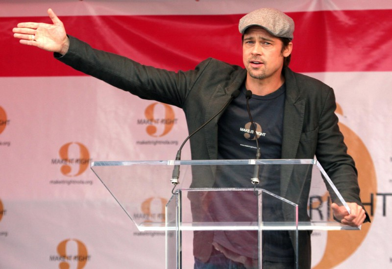 Dec 03 2007. New Orleans, Louisiana. Lower 9th Ward. Brad Pitt revisits the Lower 9th ward, devastated by Hurricane Katrina to present 'Make it Right' where architects' designs are unveiled to the public. Photo credit; Charlie Varley.