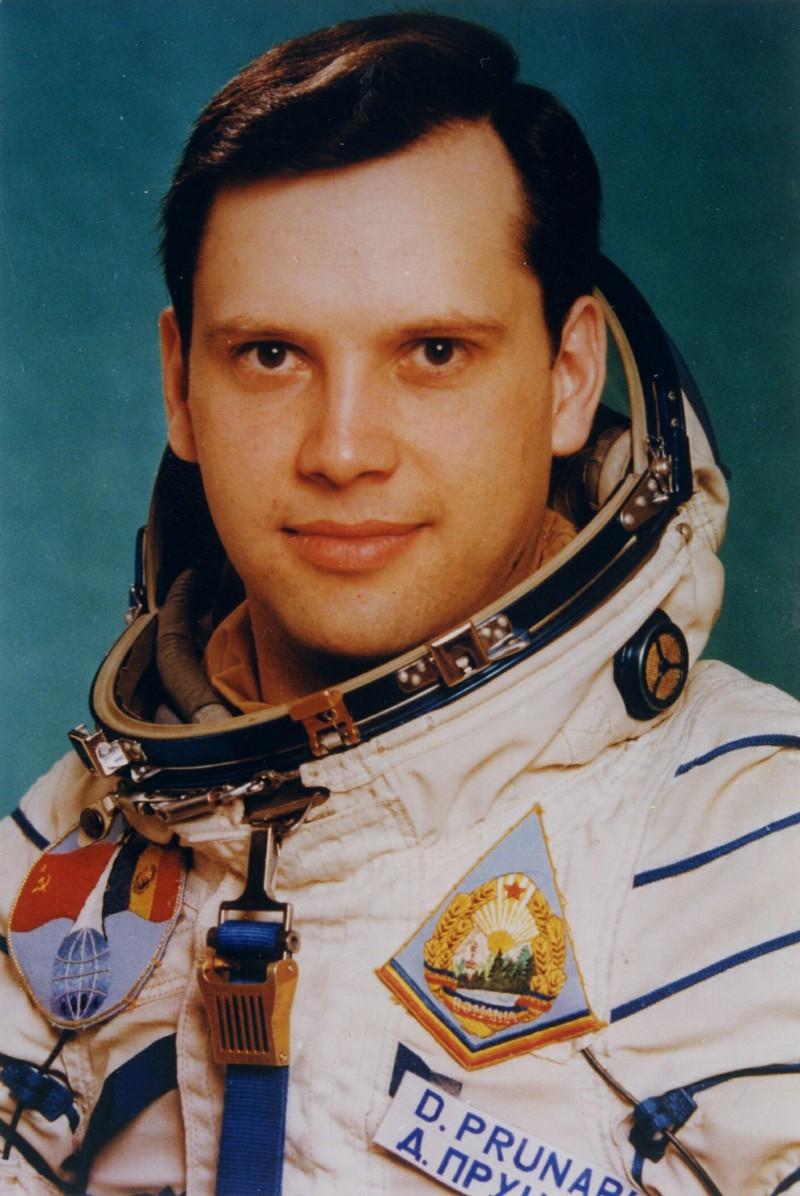 Romanian_cosmonaut_Dumitru_Prunariu