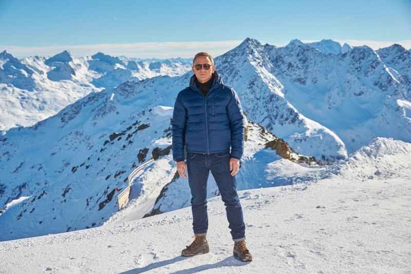 EON Productions, Metro-Goldwyn-Mayer and Sony Pictures Entertainment commence filming in Sšlden, Austria for the 24th James Bond adventure SPECTRE.  Pictured: Daniel Craig   Copyright:  © 2015 Columbia TriStar Marketing Group, Inc. and MGM Studios. All rights reserved. Photo Credit: Alexander Tuma
