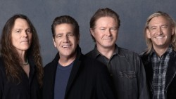 Trupa The Eagles pregăteşte un musical pe Broadway