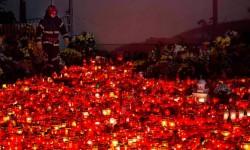Părinții îndoliați după incendiul din Colectiv: ISU și Ministerul Sănătății sunt vinovați