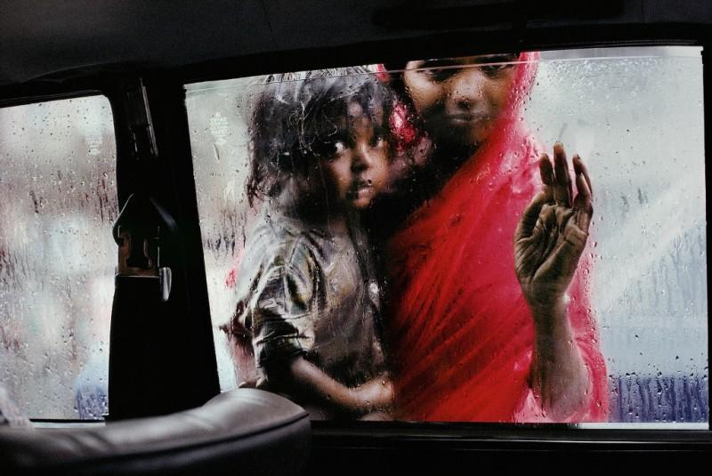 Steve McCurry, mama si copilul