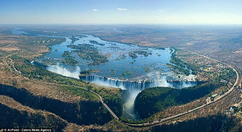 Cascada Victoria Falls din Zambia