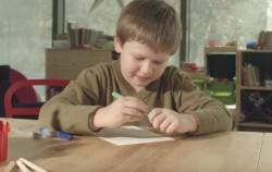 Ce crezi că-şi doreşte în realitate copilul tău de Crăciun?  – VIDEO
