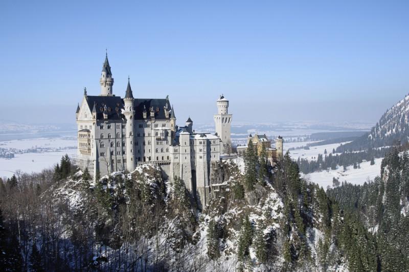 Castelul Neuschwanstein shutterstock