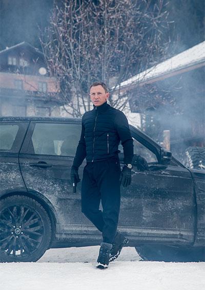 James Bond cu ceas Omega