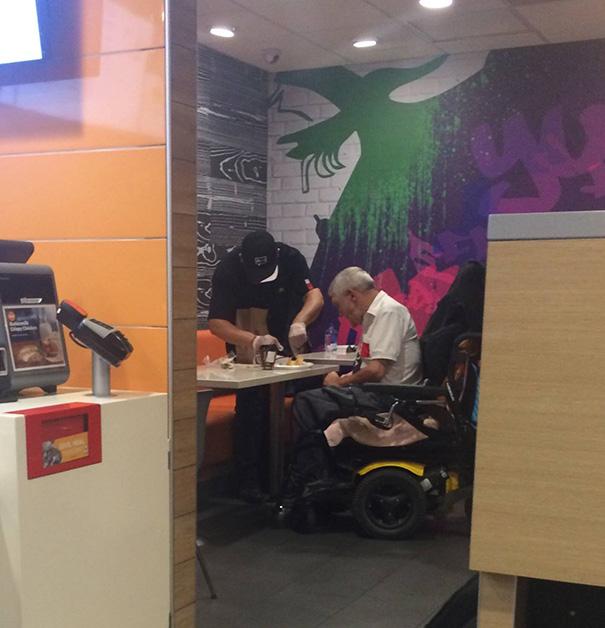 angajat McDonalds