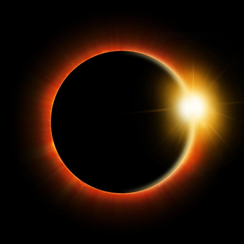 eclipsa soare shutterstock