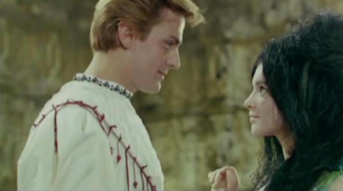 Filmul harap alb cu florin piersic online dating 3