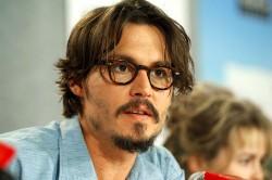 Johnny Depp a câştigat 11,5 milioane de dolari din vânzarea unor tablouri