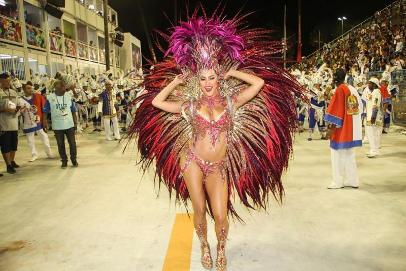 Carnaval Rio 2016 Andre Luiz Moreira  Shutterstock.com (5)