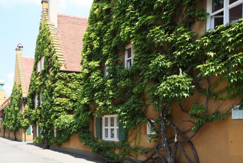 Fuggerei Augsburg Germania (1)