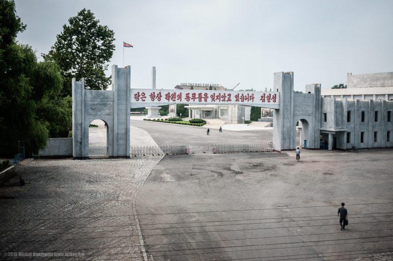 pe drum spre munca in coreea de nord