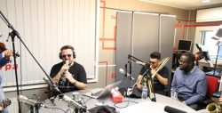 Colaj muzical marca Horia Brenciu, live, în Deşteptarea – VIDEO