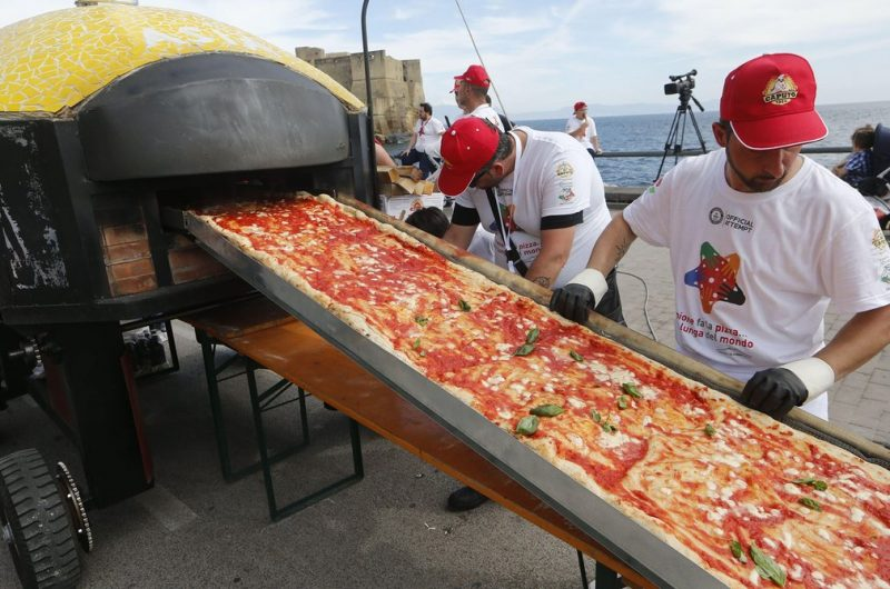 cea mai lunga pizza din lume (6)