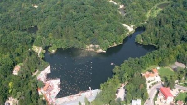 lacul ursu (1)