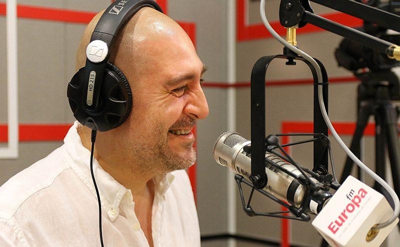 Razvan Exahu in studioul Europa FM