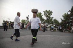 Un chinez a avut o idee neobişnuită pentru a pierde în greutate