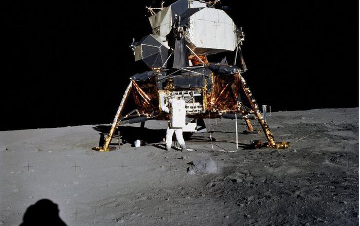 NASA aselenizare (1)