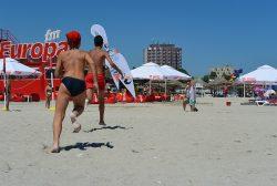 Sfaturi pentru o vară activă și sănătoasă: Hidratare, protecție solară, haine și încălțăminte potrivită pentru căldura de afară  (P)