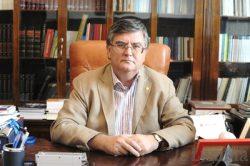 Ministrul Educaţiei, Mircea Dumitru, dă ordin profesorilor să dea mai puține teme