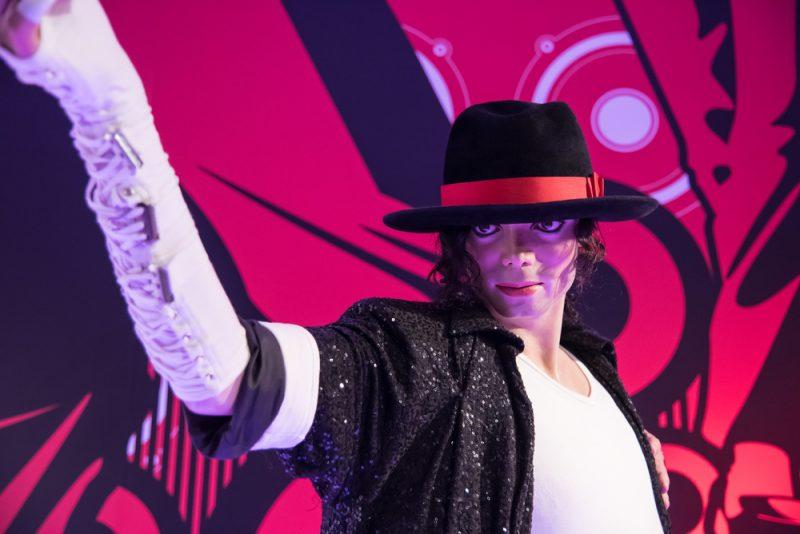 Figurina de ceara cu Michael Jackson in Thailanda_333967685