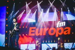 Mihail a cântat într-un picior la Europa FM Live pe Plajă – VIDEO