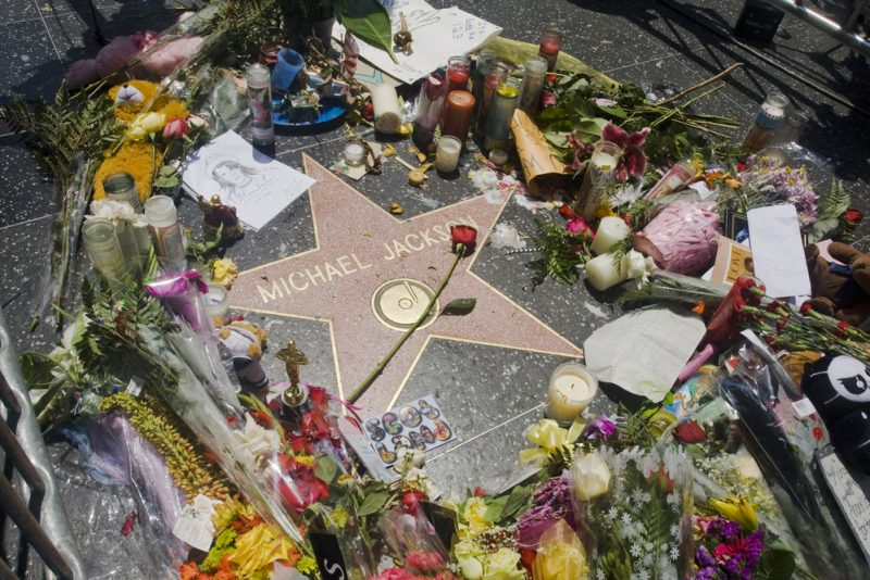 Michael Jackson's star on the Hollywood Walk of Fame in Los Angeles_32747005