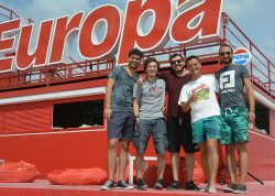 Tiberiu Albu concertează alături de trupa lui, Fameless, pentru prima dată la Teatrul de Vară Jupiter