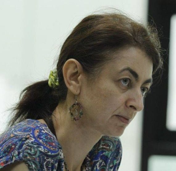 camelia Roiu