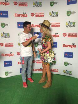 Interviu în backstage cu Delia la Europa FM Live pe Plajă – VIDEO