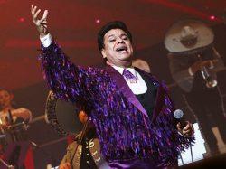 A murit Juan Gabriel, prolific muzician mexican