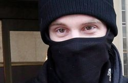 Marea Britanie:  5 adolescenți, bănuiți că doreau să lupte într-o organizație teroristă