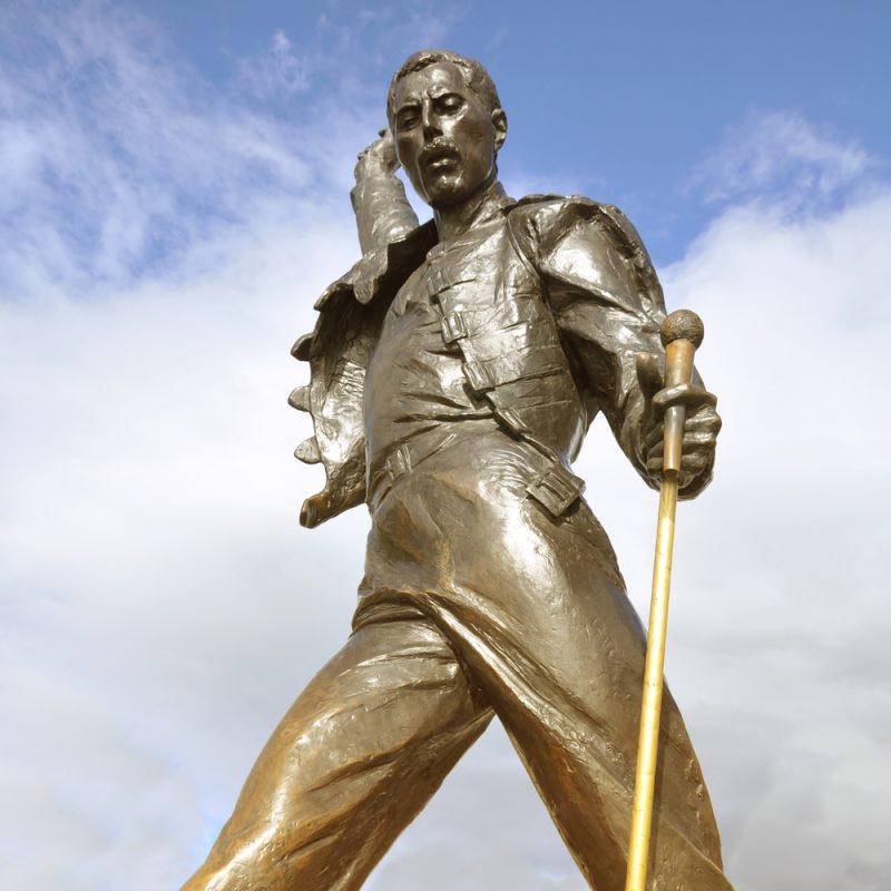 MONTREUX Elvetia statuia lui Freddie Mercury_195439583