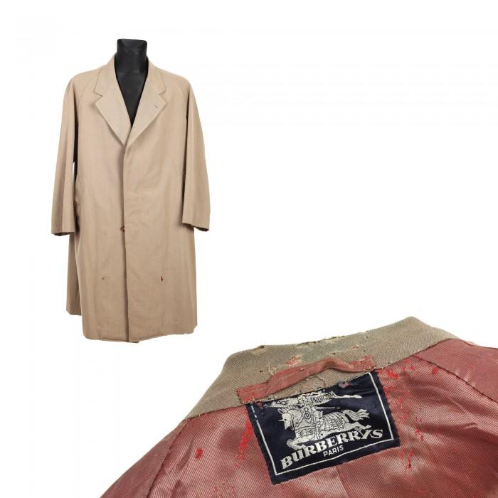 pardesiu-burberrys-posibil-folosit-de-constantin-brancusi-drept-haina-de-lucru