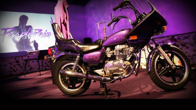 motocicleta-lui-prince-expusa-la-paisley-park-npg-records