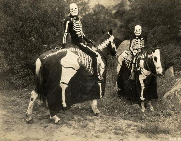 costume-halloween-la-inceputuri-15