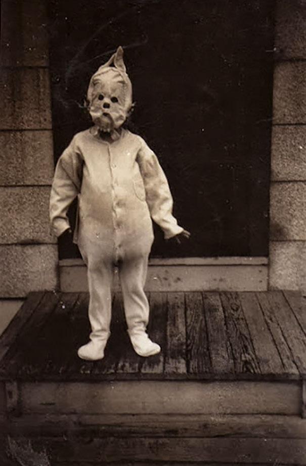 costume-halloween-la-inceputuri-19