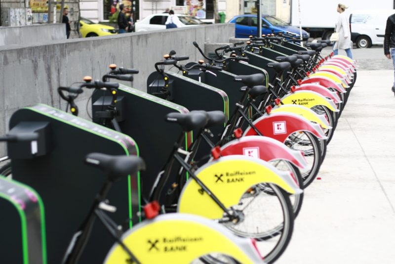 sistemul-de-bike-sharing-din-bucuresti-centru-de-inchiriere-biciclete-ivelo-019-europafm-ro