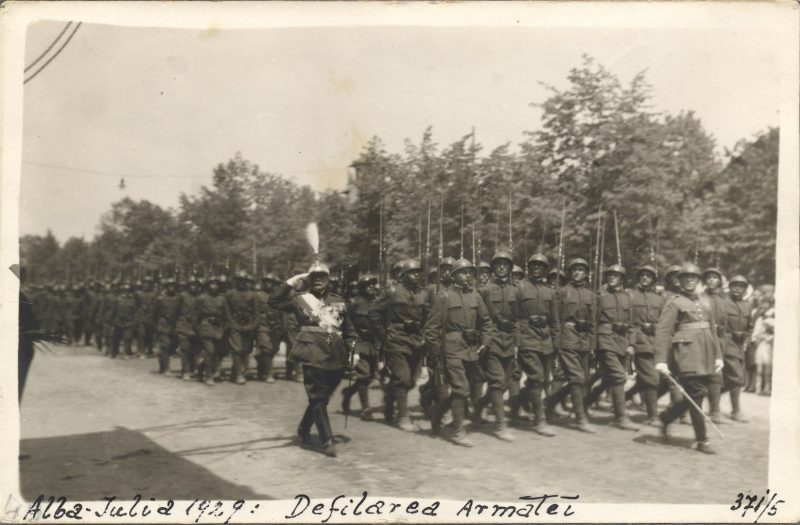 serbarile-unirii-alba-iulia-1929-defilare-militara