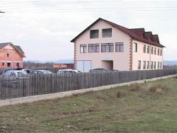 """Sediu nou și mult mai scump pentru protoieria din Târgu-Cărbunești: """"Dublu, dar se merită!"""""""