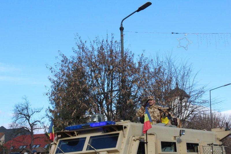 1-decembrie-valcea-caien-soldat