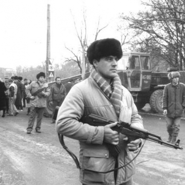 civilii-preiau-controlul-revolutia-1989