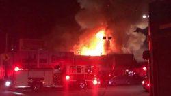 SUA: Bilanțul incendiului produs sâmbătă într-un club din Oakland a ajuns la 30 de morți