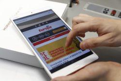EXPERIMENT: O săptămână fără laptop sau telefon, doar cu un Huawei MediaPad M3 – VIDEO (P)