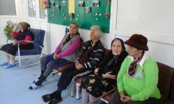 Aproape 60 de bătrâni singuri din Valea Jiului nu mai pot beneficia de îngrijire la domiciliu după o decizie a Ministerului Muncii